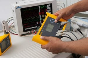 Calibração e Segurança Elétrica de Equipamentos Médicos